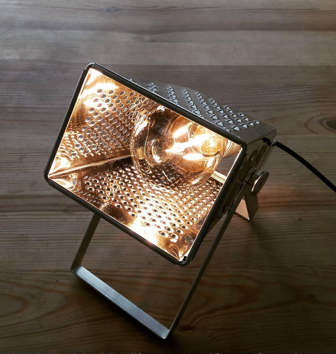 #upcycling #grater #kitchen #lamp #diy #light #industrial #küchenreibe #tischlampen #kücheninspiration #upcycle