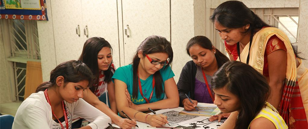 International School Of Design Is The Dominant Fashion Designing Institutes In Delhi We Fashion Designing Course Career Marketing Fashion Designing Institute