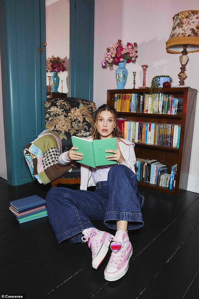 Millie Bobby Brown Showcases Her New Designs For Converse Bobby Brown Millie Bobby Brown Bobby Brown Stranger Things