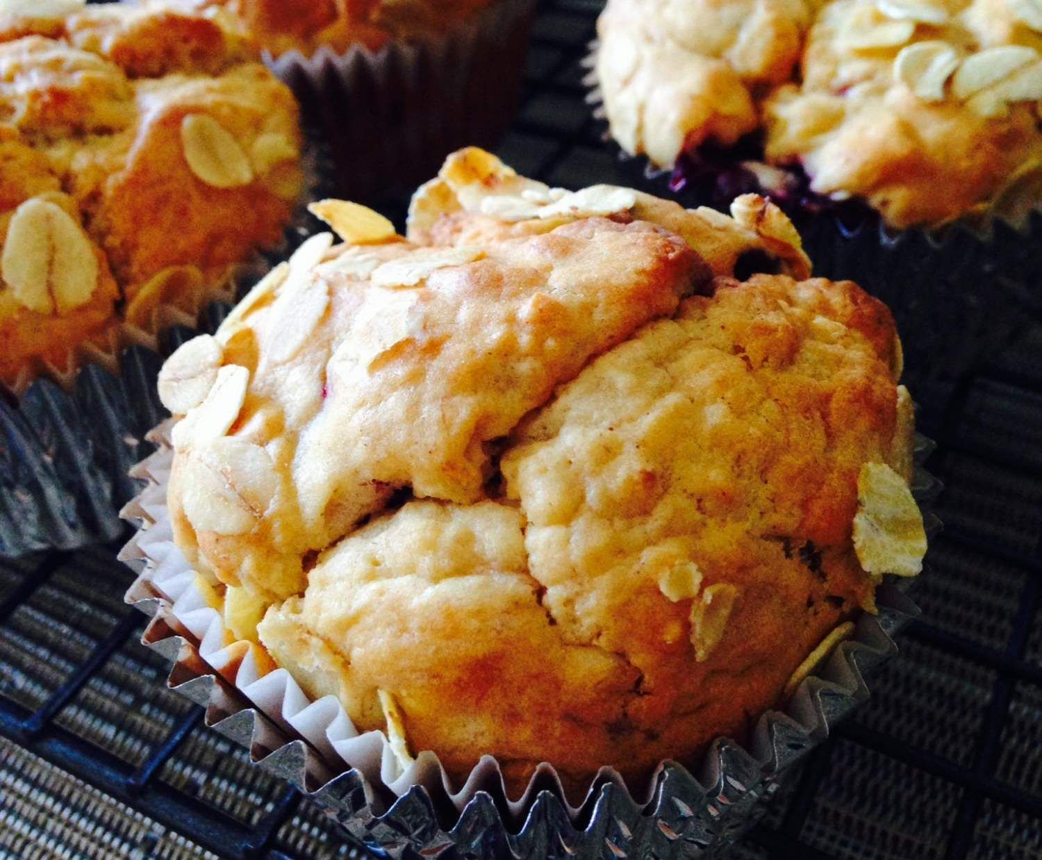 Recipe Banana and mixed berry muffins by The Satisfied Mixer - Recipe of category Baking - sweet