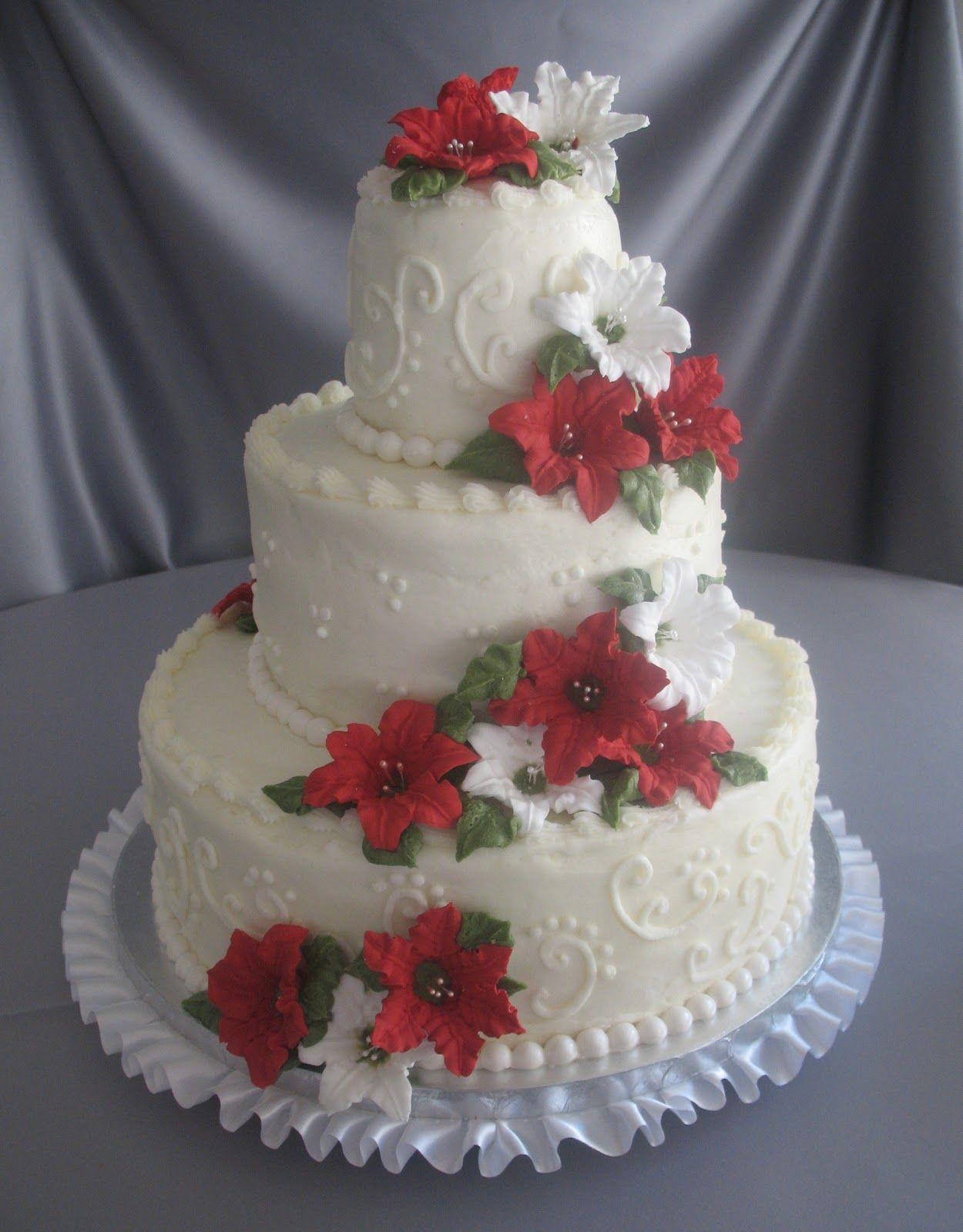 12 Ways to Pull off the Perfect Christmas Wedding ... |Christmas Wedding Cakes