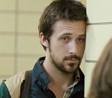 I know, okay? I KNOW! But he's so incredible in this movie my heart kicked  me in the lung... | Hey girl ryan gosling, Half nelson, Ryan gosling