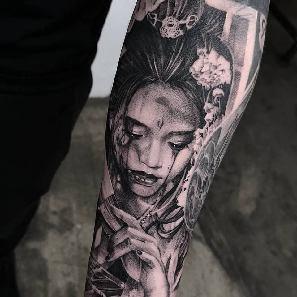 Realistic Geisha Tattoo In Black And Grey On The Sleeve Made By
