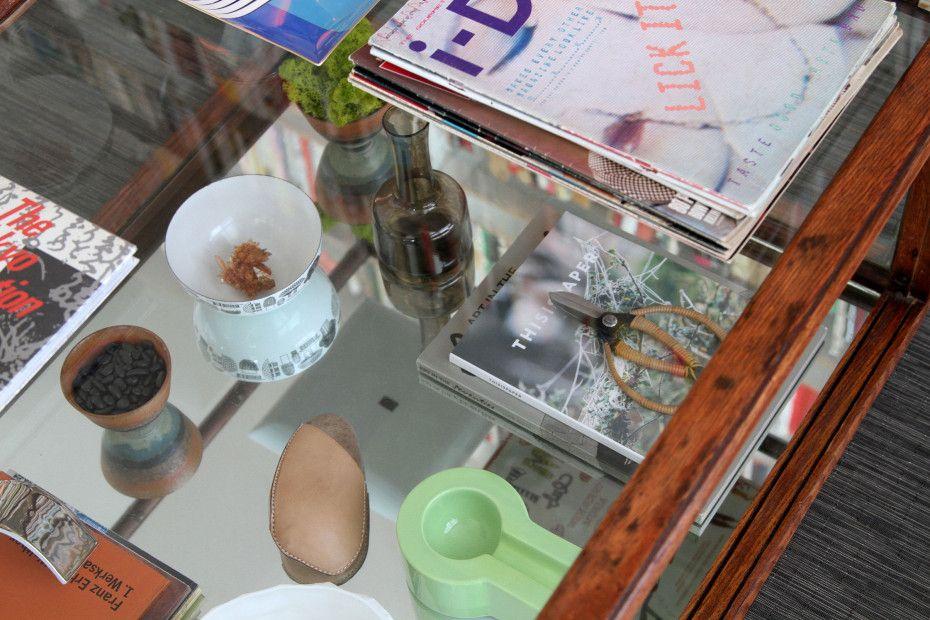 Freunde von Freunden — Shu Hung & Joseph Magliaro — Designer & Creative Director, Apartment & Store, Southeast Portland, Portland — http://www.freundevonfreunden.com/interviews/shu-hung-and-joseph-magliaro/