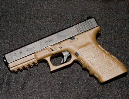 Google Image Result for http://www.tactical-life.com/online/wp-content/uploads/2009/04/glock-21-jcp.jpg