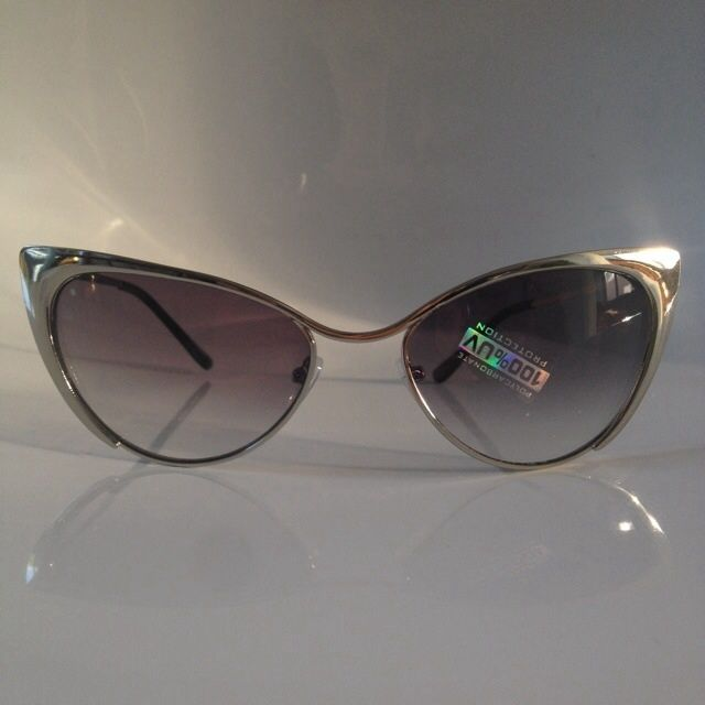 f778eecfa8a Tom Ford Nastasya Sunglasses in SILVER. UV protection. Does not include  case.