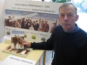 Tekijöiden päivillä 2016 kirjailija Heimo Härmä, Rovaniemi, Taivalkoskelle Kalle Päätalon maisemiin sijoittuvalla Iijoen kansaa -sarjallaan, nyt vuorossa osa 9.