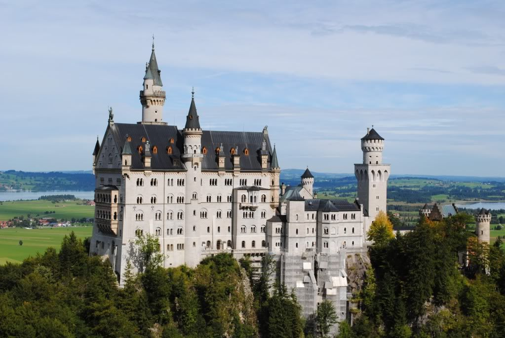 Bavaria Disney Castle Love This Place Neuschwanstein Castle Castles To Visit