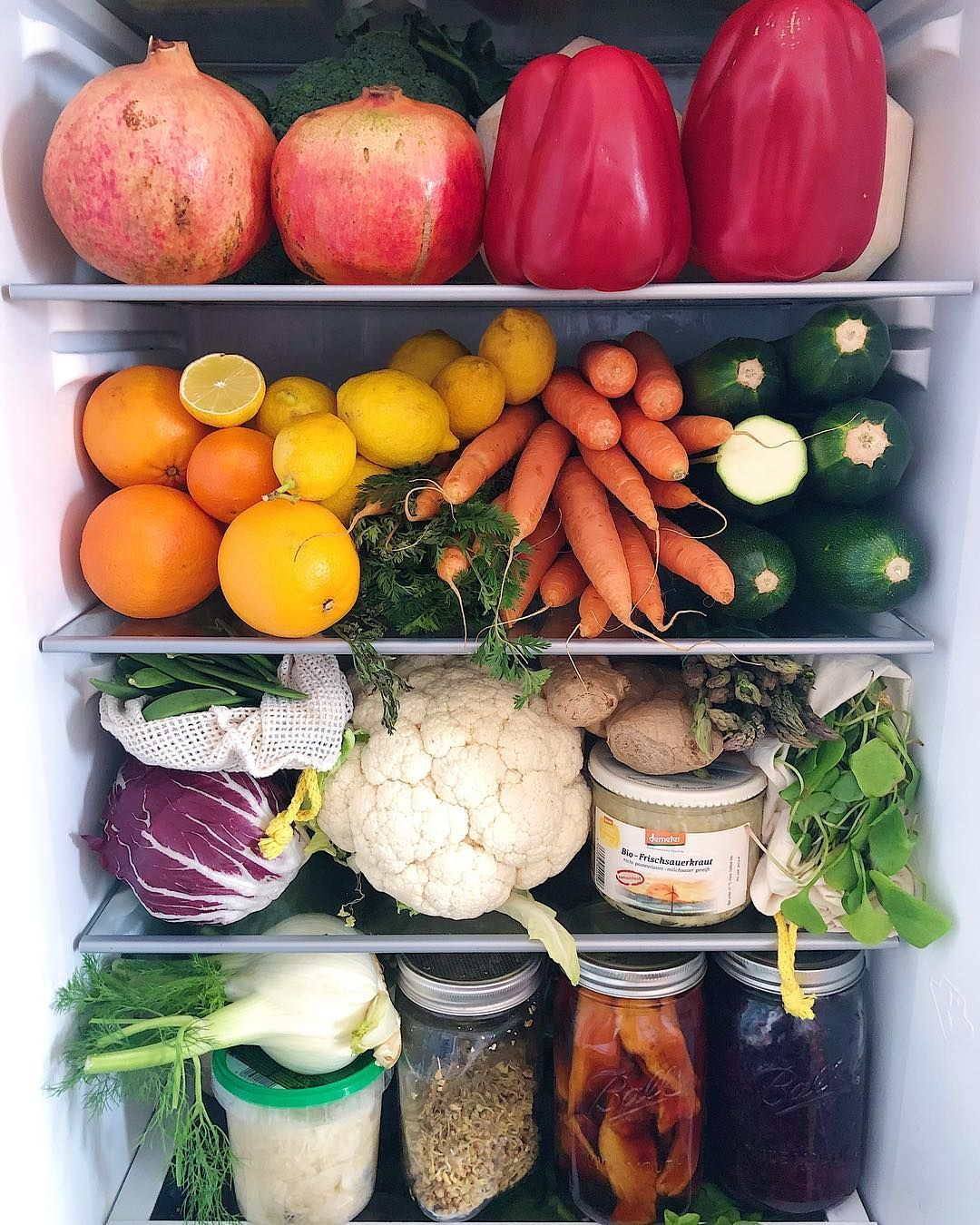 Eating more fruits, vegetables boosts psychological well-being in ...