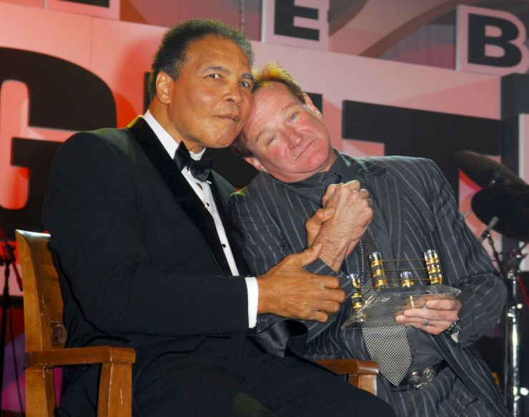 Ali with Robin Williams during Muhammad Ali's Celebrity Fight Night in 2006.