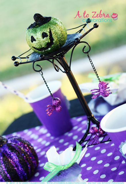 Décor at a Witch Halloween Party #witch #Halloweenparty