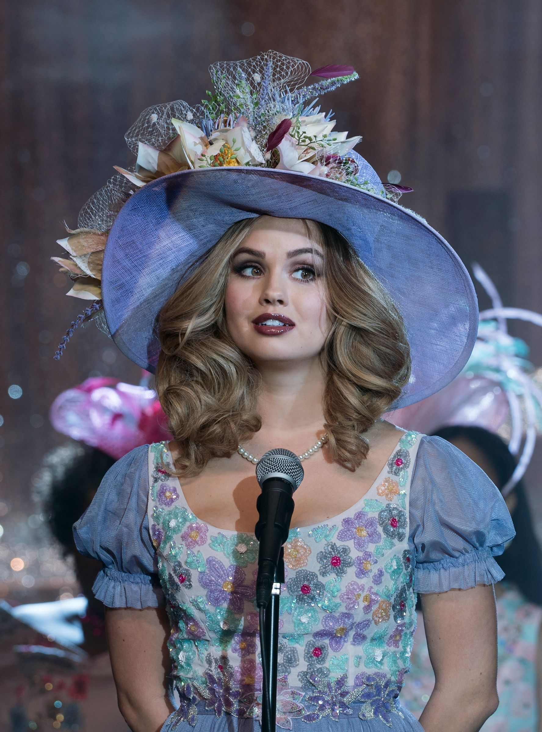 "How ""Insatiable"" Is Tackling Beauty Standards, One Joke At"