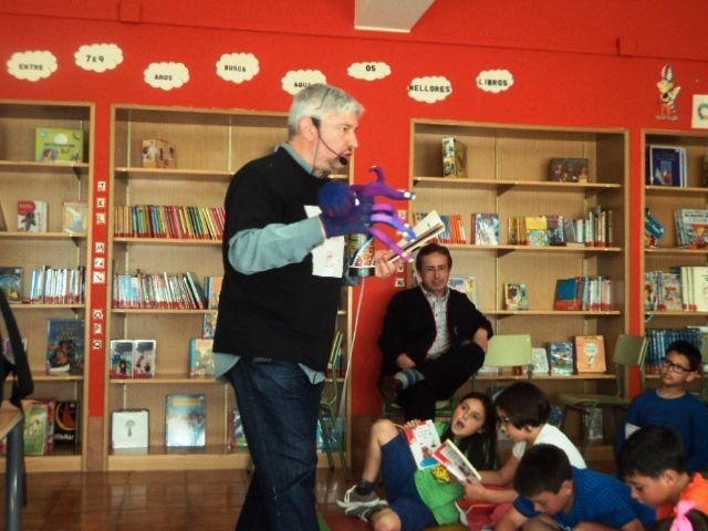 Espectáculo poético «A poesía é un globo», Ponteareas.