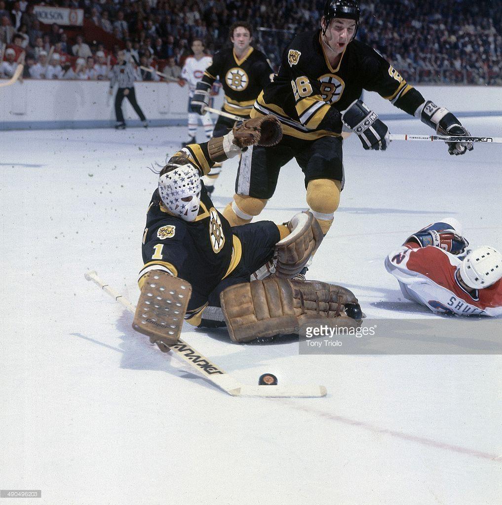 Hockey-nhl-playoffs-boston-bruins-goalie-gilles-gilbert-in