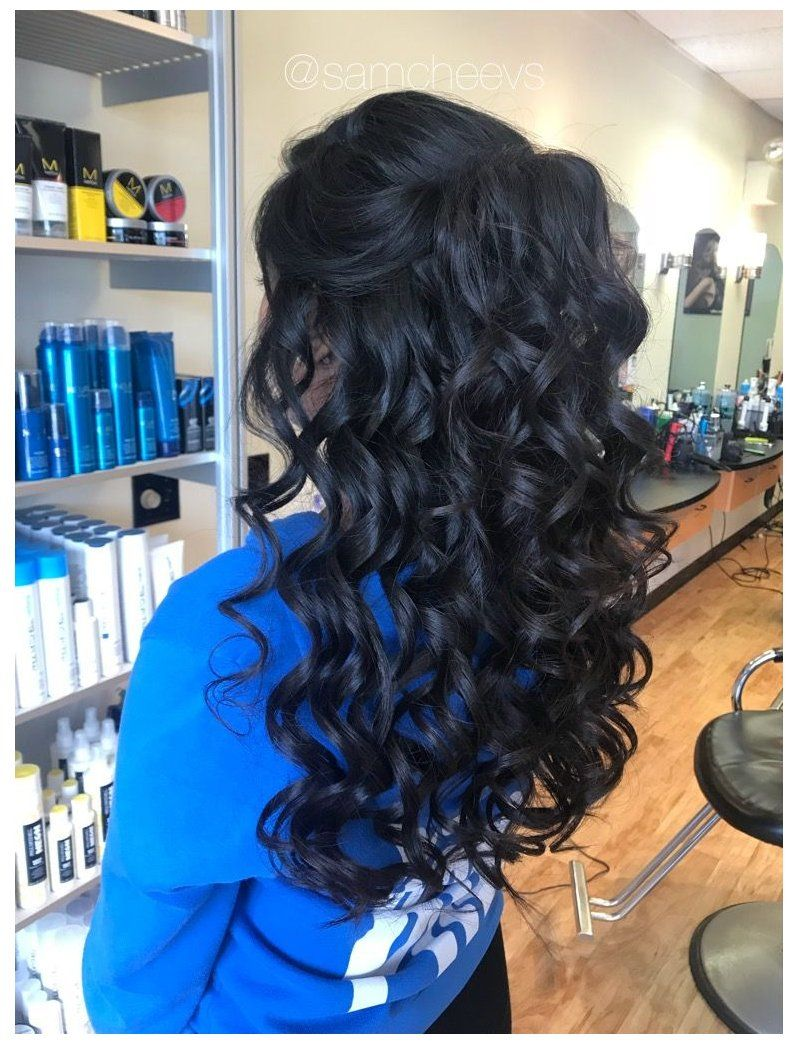 Prom Hairstyles Half Up Half Down Black Promhairstyleshalfuphalfdownblack Prom Wedding Event H In 2020 Half Up Half Down Hair Prom Hair Styles Black Hair Types