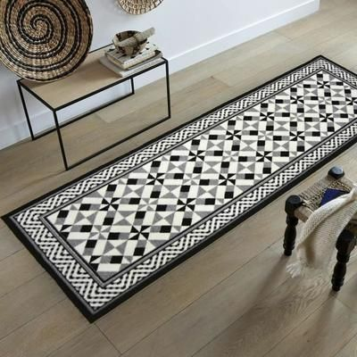 utopia tapis de couloir carreaux de ciment noir d co pinterest tapis de couloir. Black Bedroom Furniture Sets. Home Design Ideas