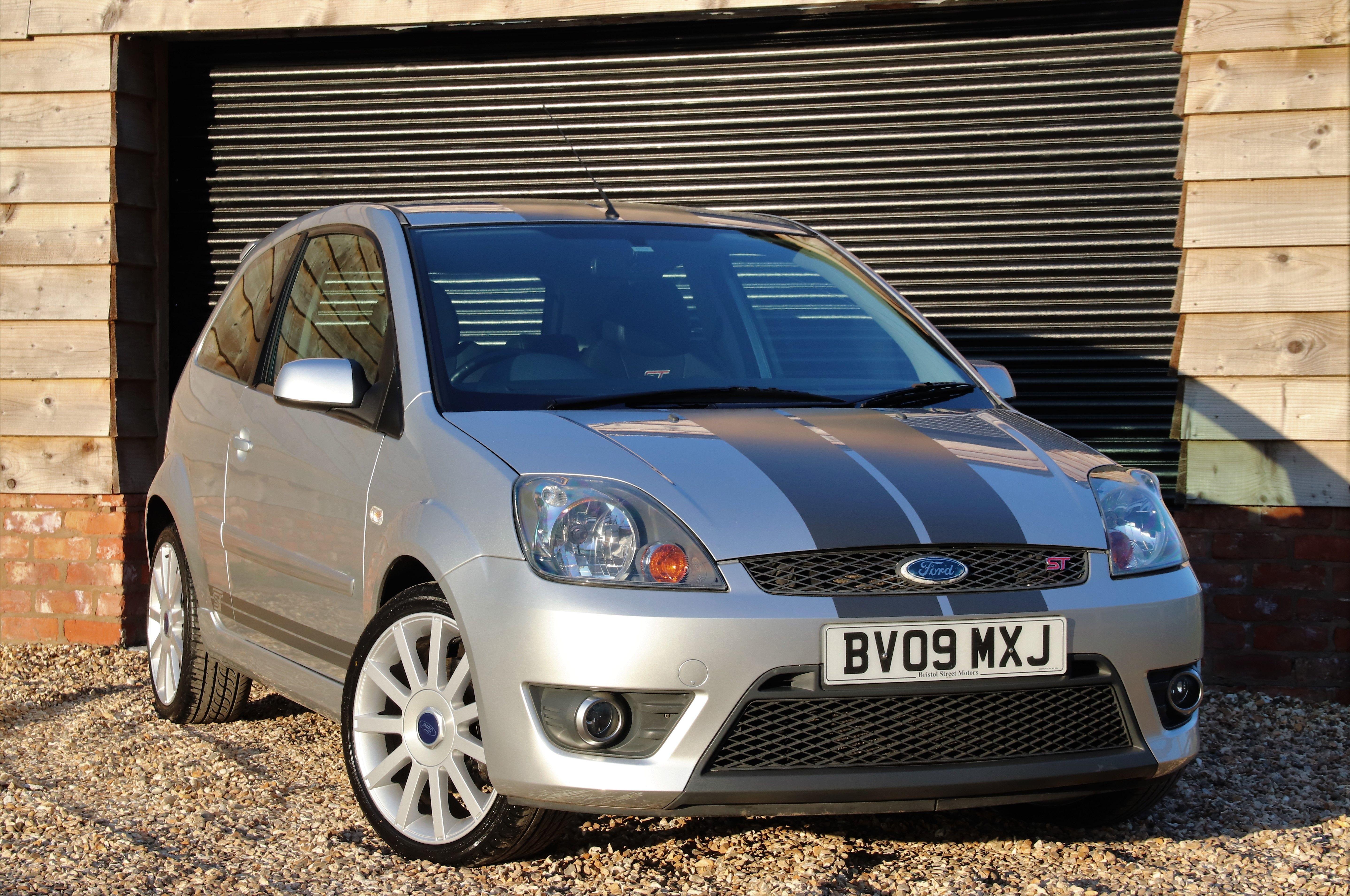 Ford Rprobincarsales Car