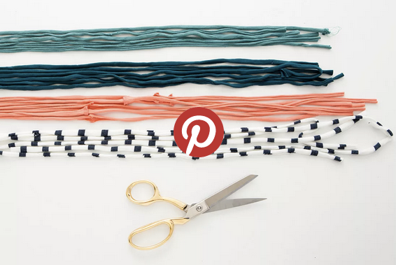 Beautiful DIY necklace on Brit+Co. More DIY's on angry pixie's blog angrypixie.co