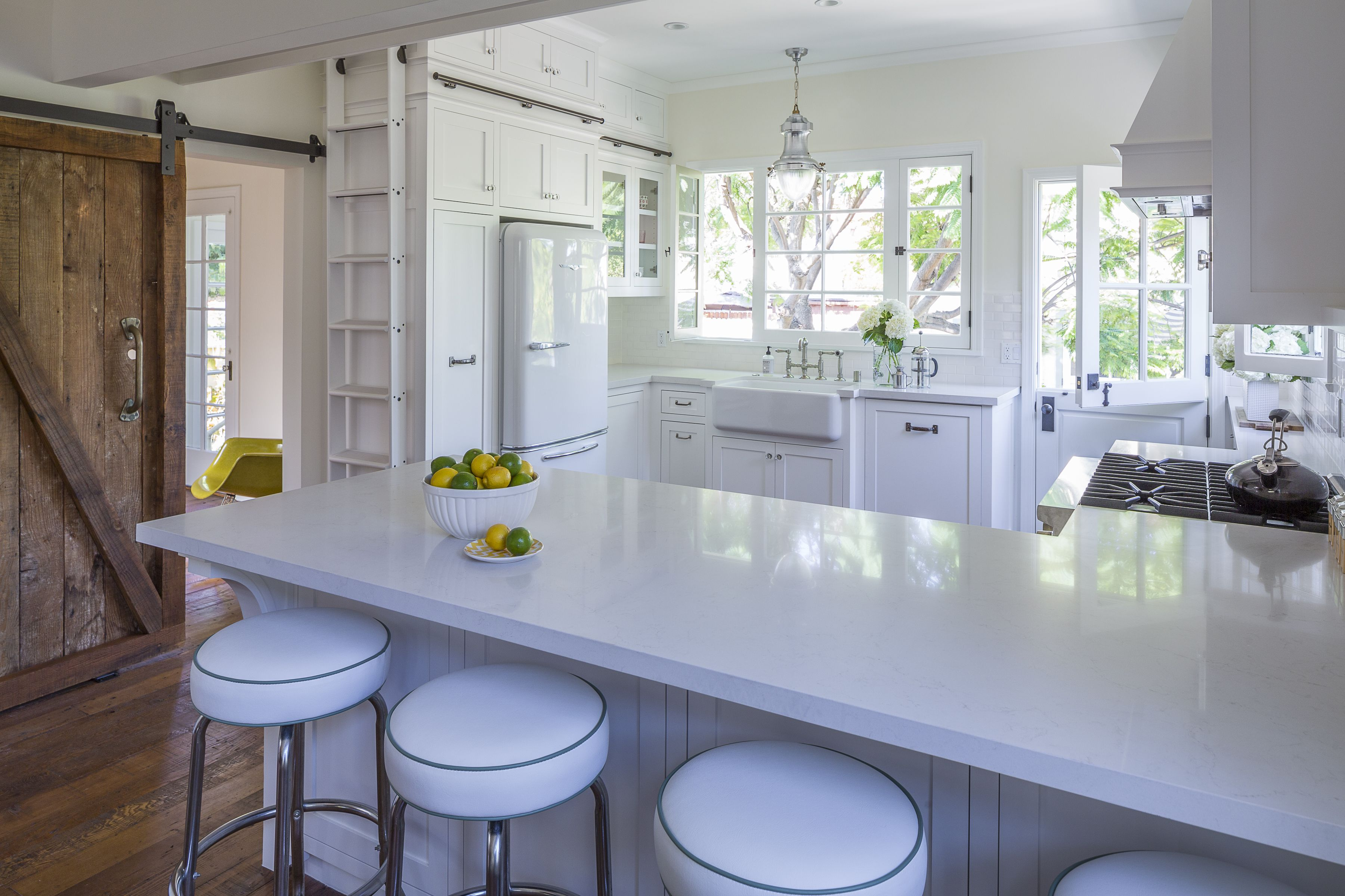4ptdc.com #5141 Frosty Carrina Classico ™ | Caesarstone Kitchens ...