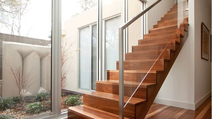 Balustrade van rvs afgewerkt met glas stairs pinterest for Balustrade trap