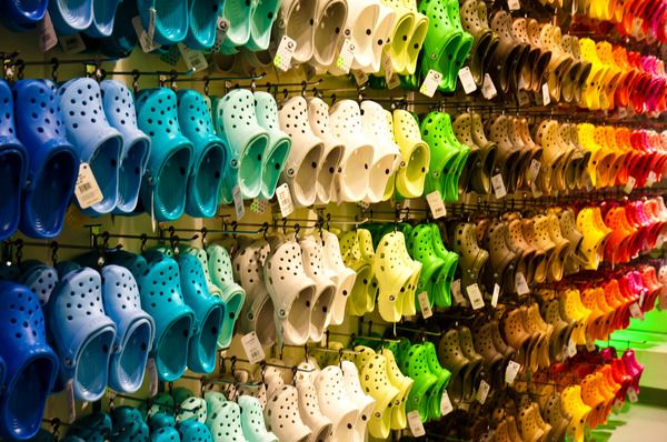 who sells crocs in store cheap online