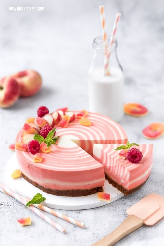 Zebra Cheesecake Rezept: Zebrakuchen mit Pfirsich & Lamy Lx Rosegold Füllhalter - Nicest Things #peachcake