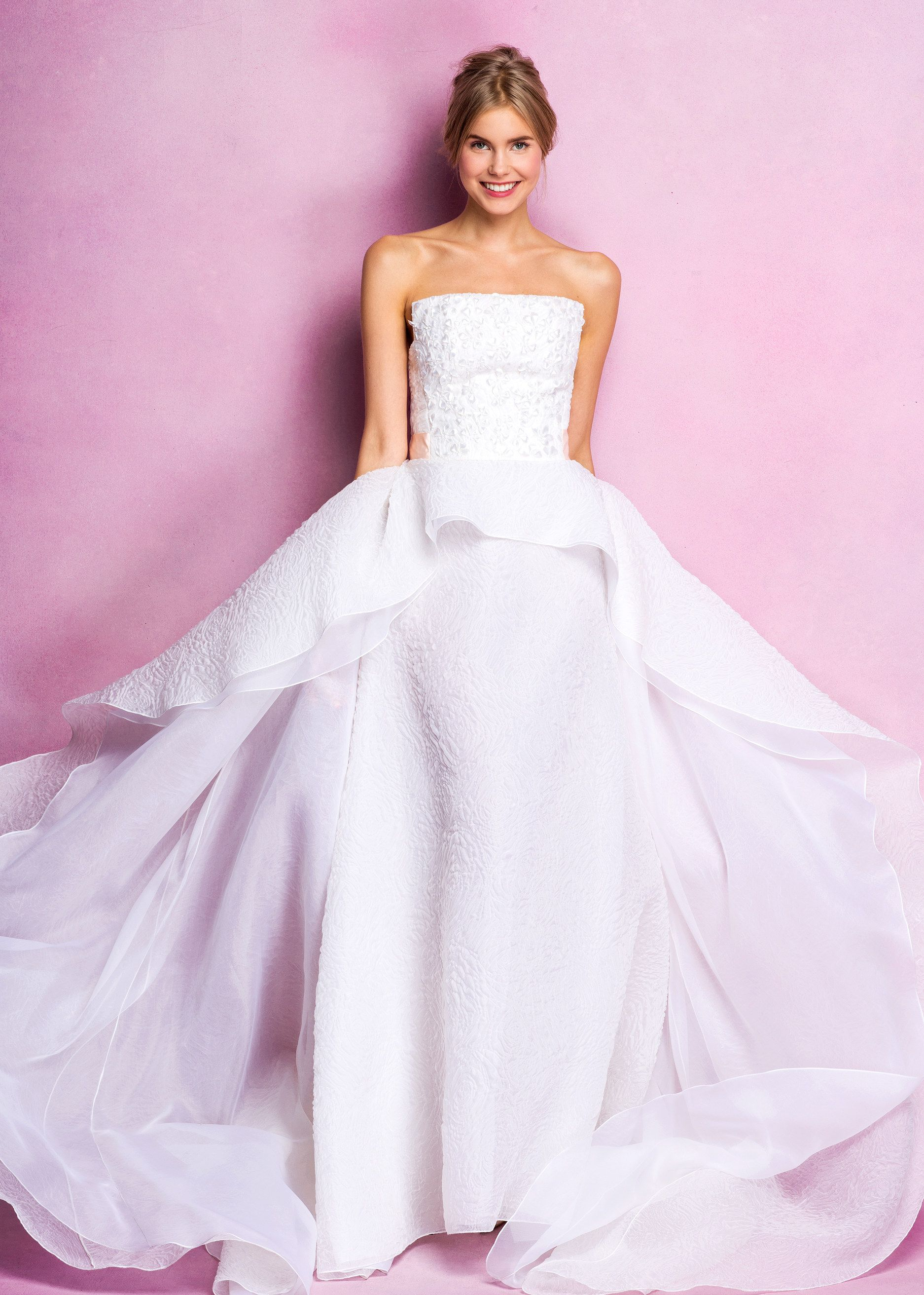 Angel Sanchez Bridal Fall 2016 Fashion Show | Pinterest | Boda