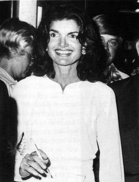 jackie kennedy jackie kennedy pinterest jackie kennedy jaqueline kennedy and people. Black Bedroom Furniture Sets. Home Design Ideas