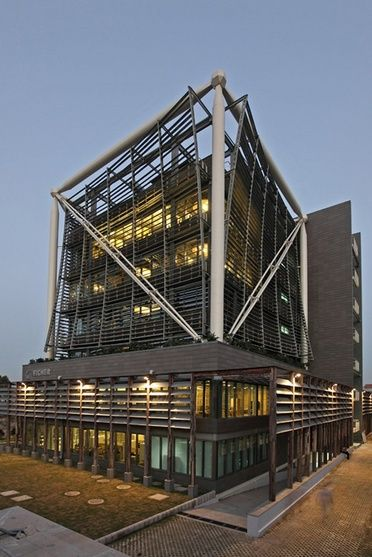 Best Exposed Steel Structure On Facade Steel Structure 400 x 300