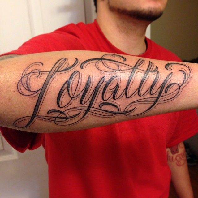 20 Faithfull Loyalty Tattoo Designs For Those Who Care Loyalty Tattoo Tattoo Designs Tattoos For Guys
