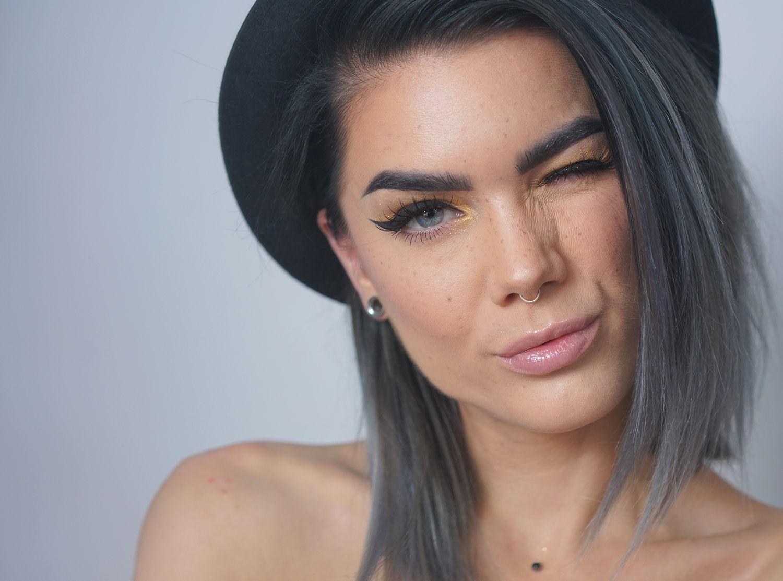 【ρinterest: ⚜ LizSanez✫☽】       //♡ Linda Hallberg Makeup - gold digger