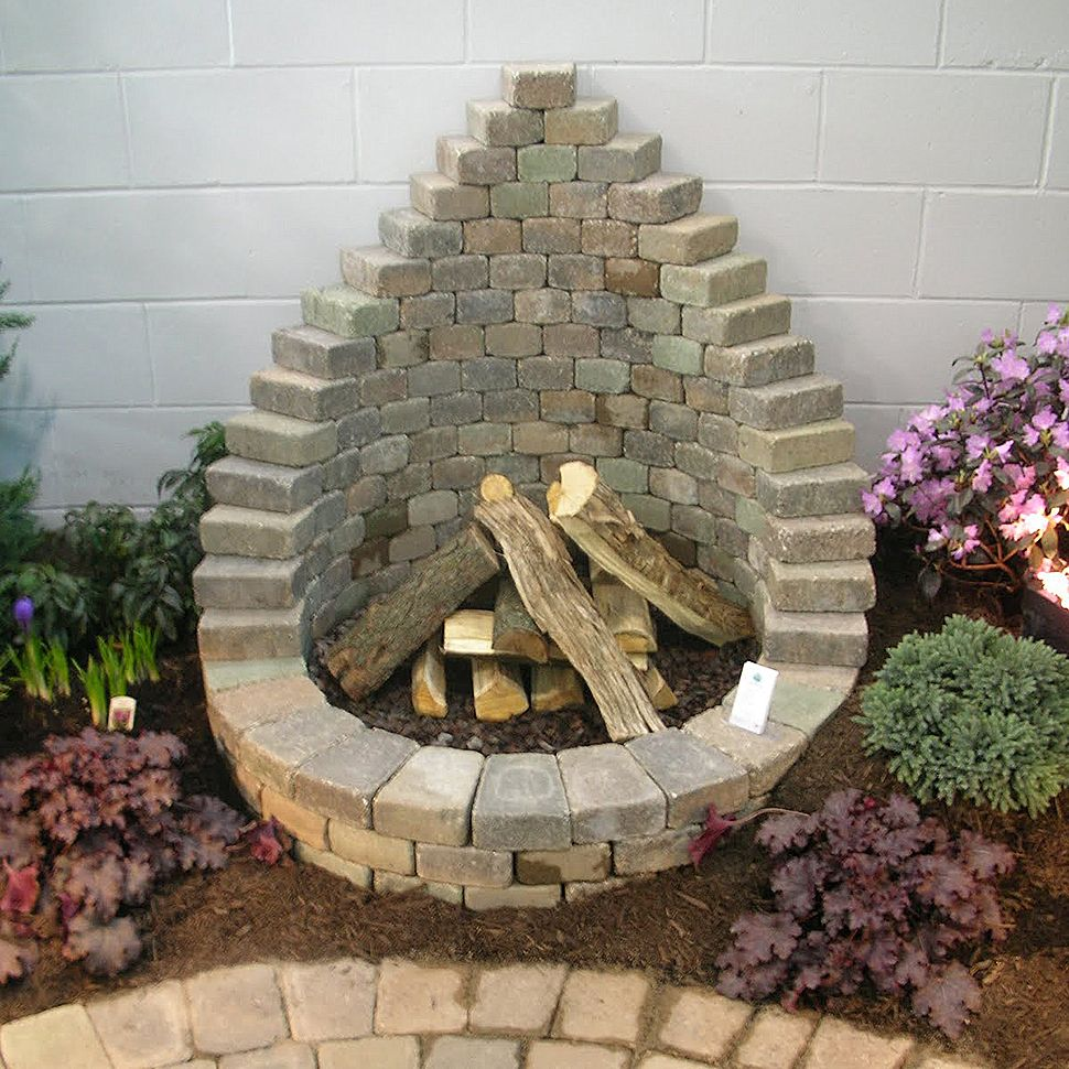 How To Be Creative With Stone Fire Pit Designs: Backyard DIY
