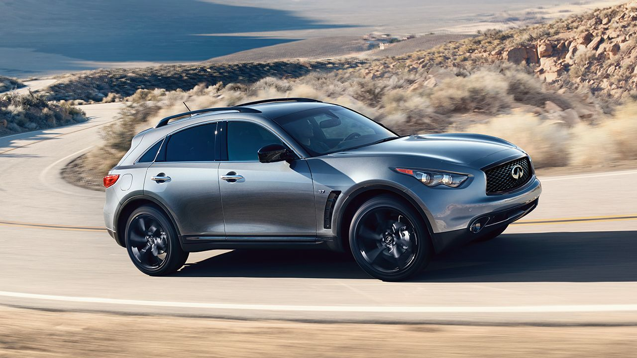 Side View Of The 2017 Infiniti Qx70 Crossover Suv Driving