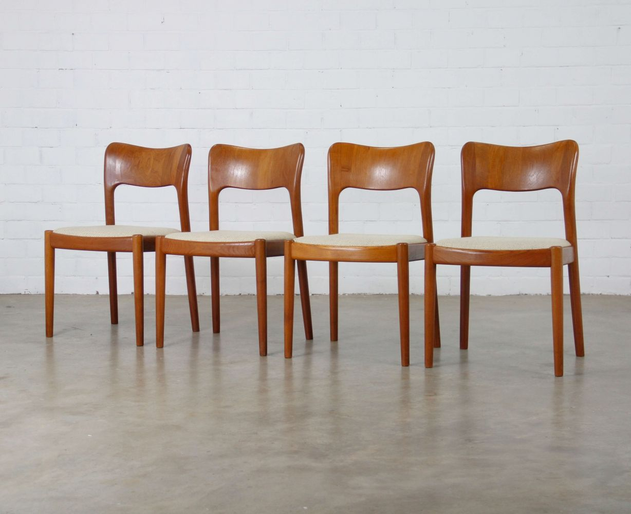 For Sale: Set Of 4 Dinner Chairs By Niels Koefoed For Koefoeds Hornslet,  1950s