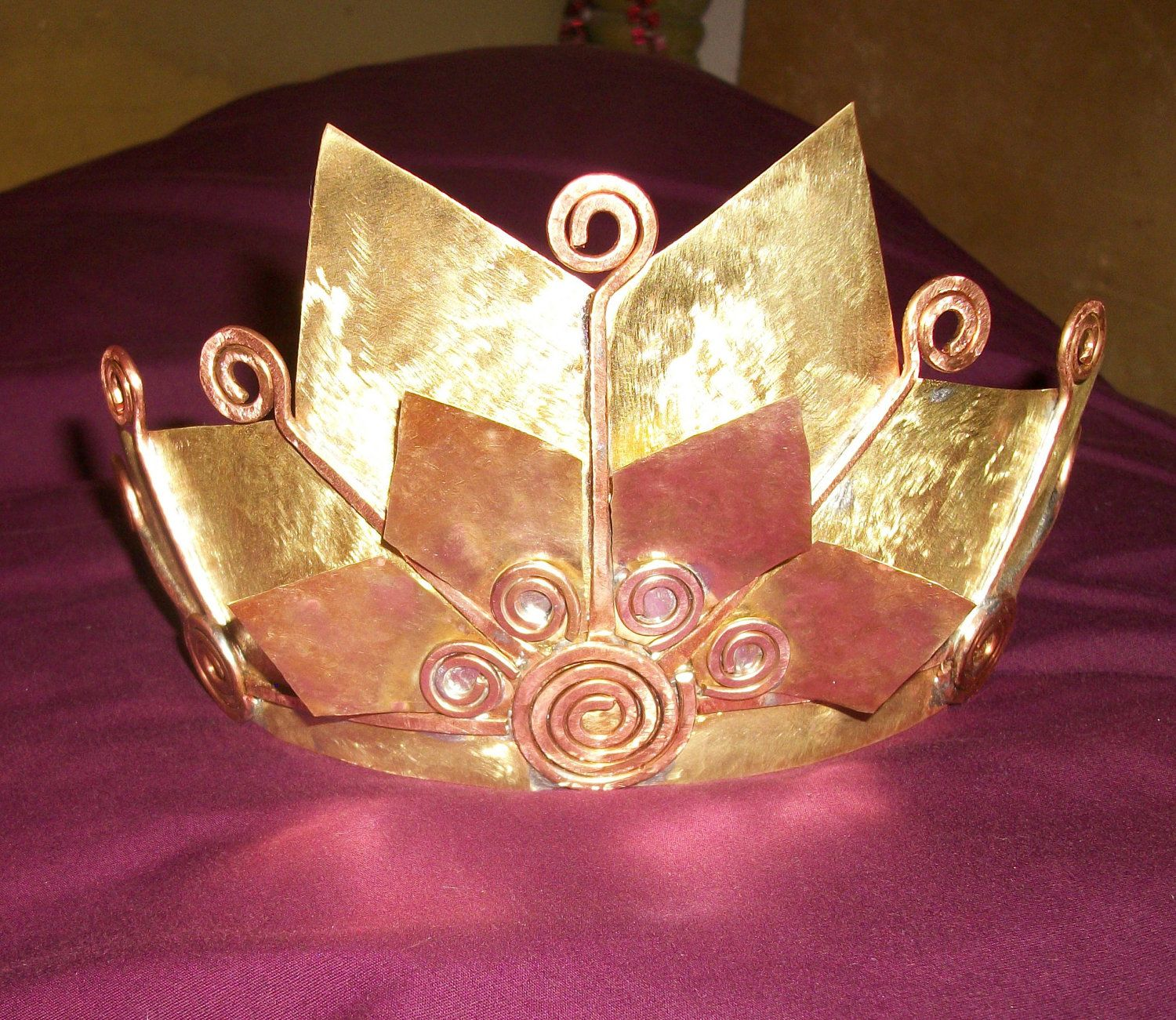 Pin By Perlsstudio On Inspirasi Jools Headpcs Accessories Tiaras And Crowns Copper Accents Handmade