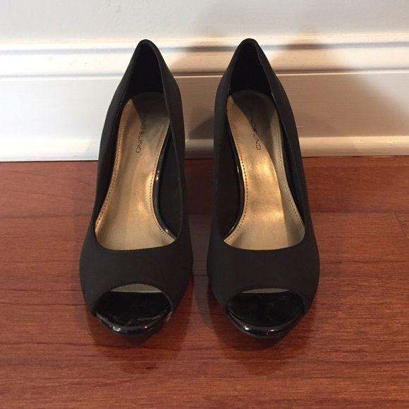 Bandolino peep-toe pumps Worn once! In a very good condition Bandolino Shoes Platforms