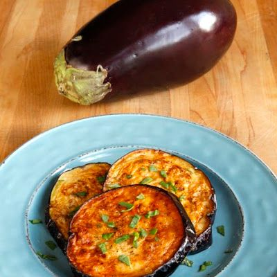 Eggplant Creole Appetizer with Crab Sauce @keyingredient #cheese #bread #appetizer