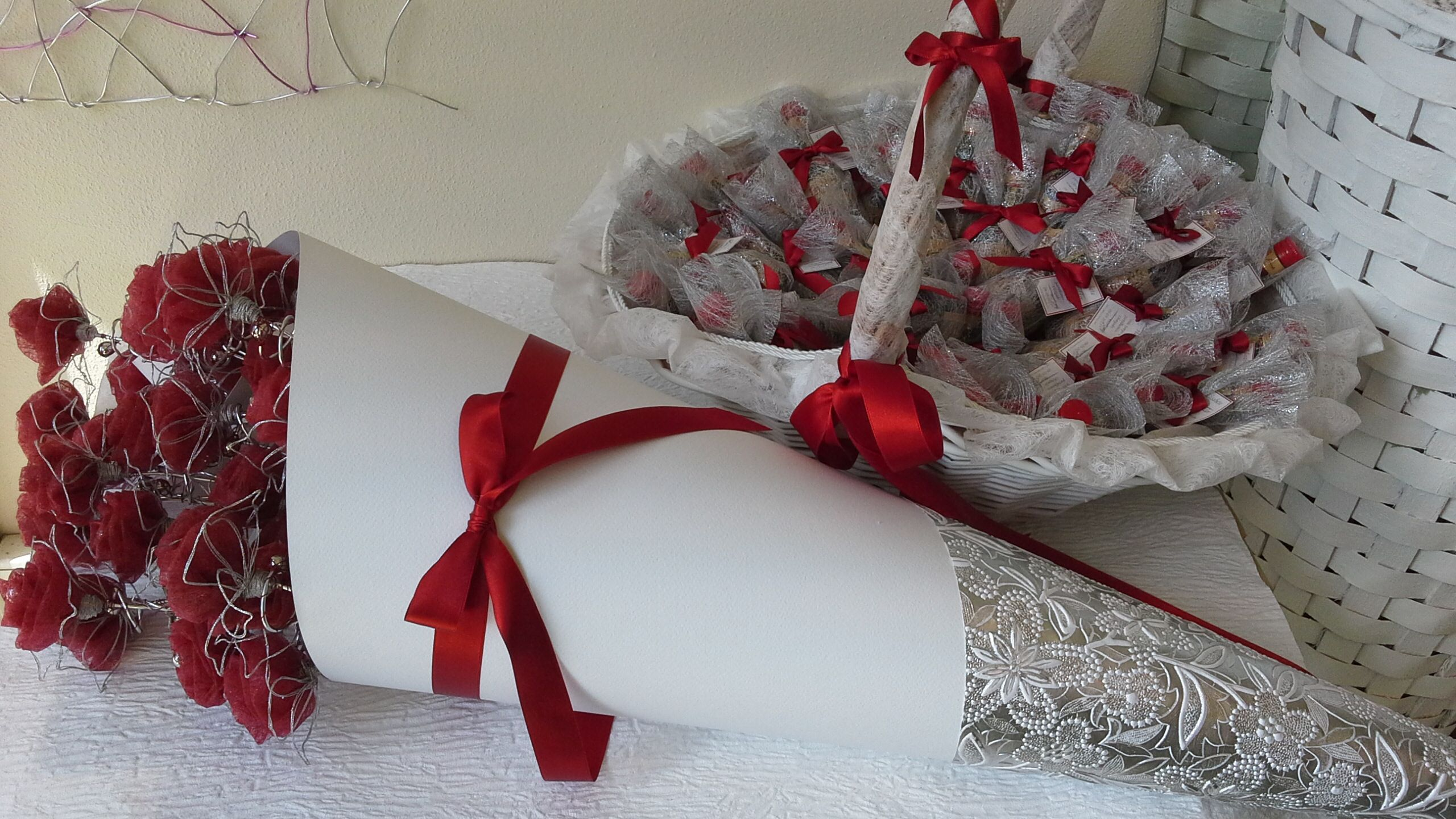 Lembrancas De Casamento Flor Para As Senhoras E Licor Beirao Para