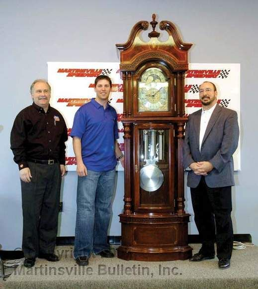 11 000 Martinsville Speedway And Ridgeway Clock Unveiled The 60th Anniversary Grandfather Clock That Wi Martinsville Speedway Martinsville Grandfather Clock