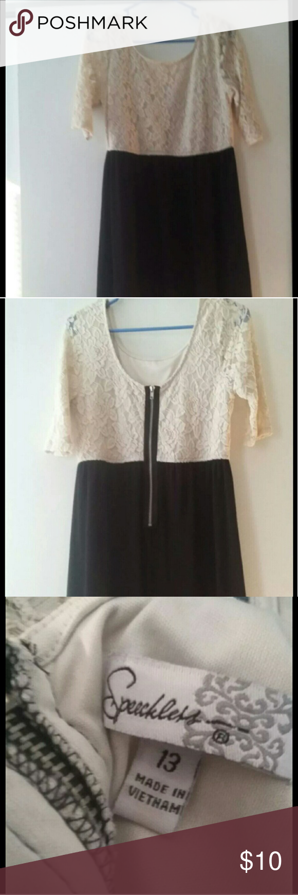 Black and White Dress This is in great condition! This item come from a smoke free home. This is a size 13. Dresses