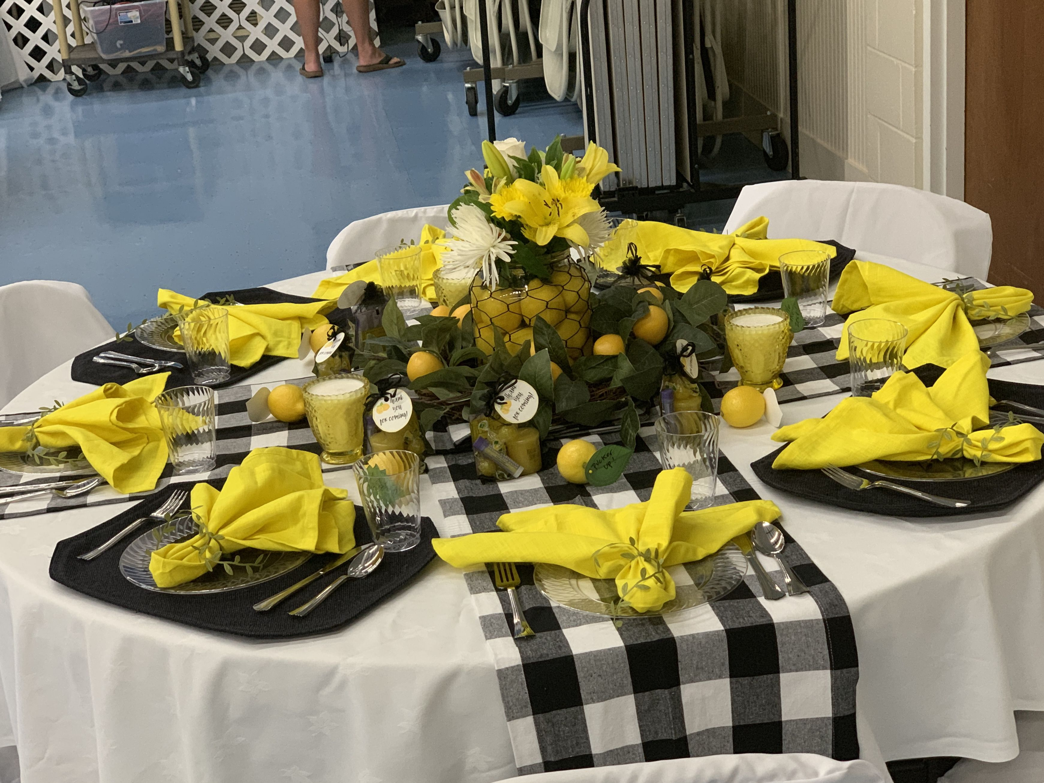 Buffalo Plaid Checked Table Runners From Amazon My Black Placemats Yellow Napkins From Amazon Tie Lemon Table Decor Lemon Decor Black And White Centerpieces