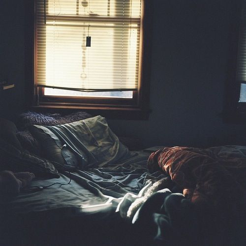 Dark Bedroom At Night dark room with window light - google search | ojos que no ven