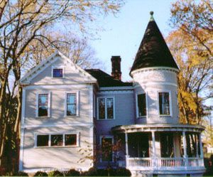 The Historic Rehabilitation Of A Formerly Condemned Victorian Style Mansion In Rhode Island Created 4 New Affordab Affordable Rentals House Rental House Styles