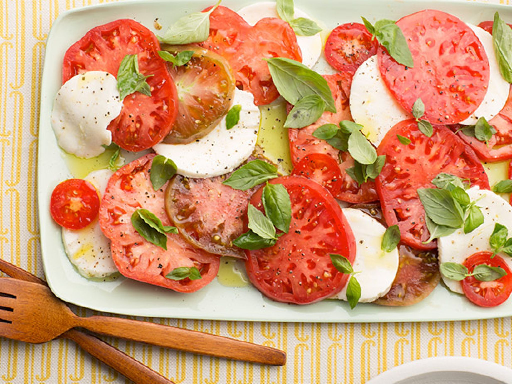 Hearty diner dinner salads food network caprese salad recipe hearty diner dinner salads food network forumfinder Gallery