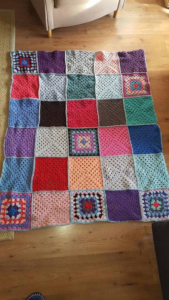 Crochet granny square blanket | Pinterest | Mantas de ganchillo ...