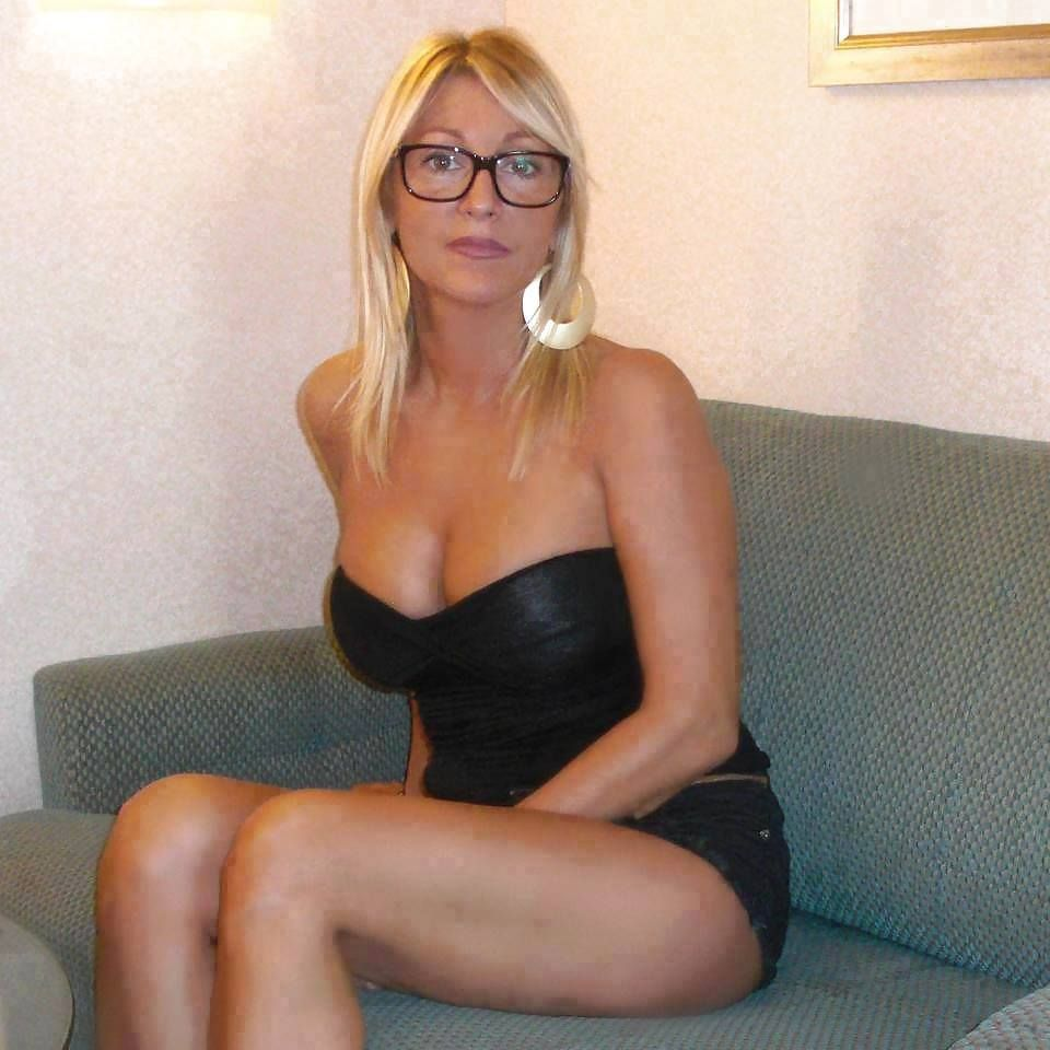 Milf video gallerys