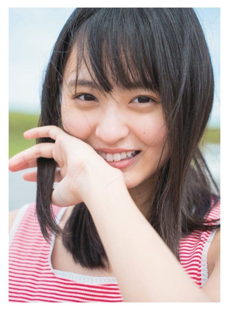 日向坂46齊藤京子ちゃん・加藤史帆ちゃんの仲良しグラビア画像