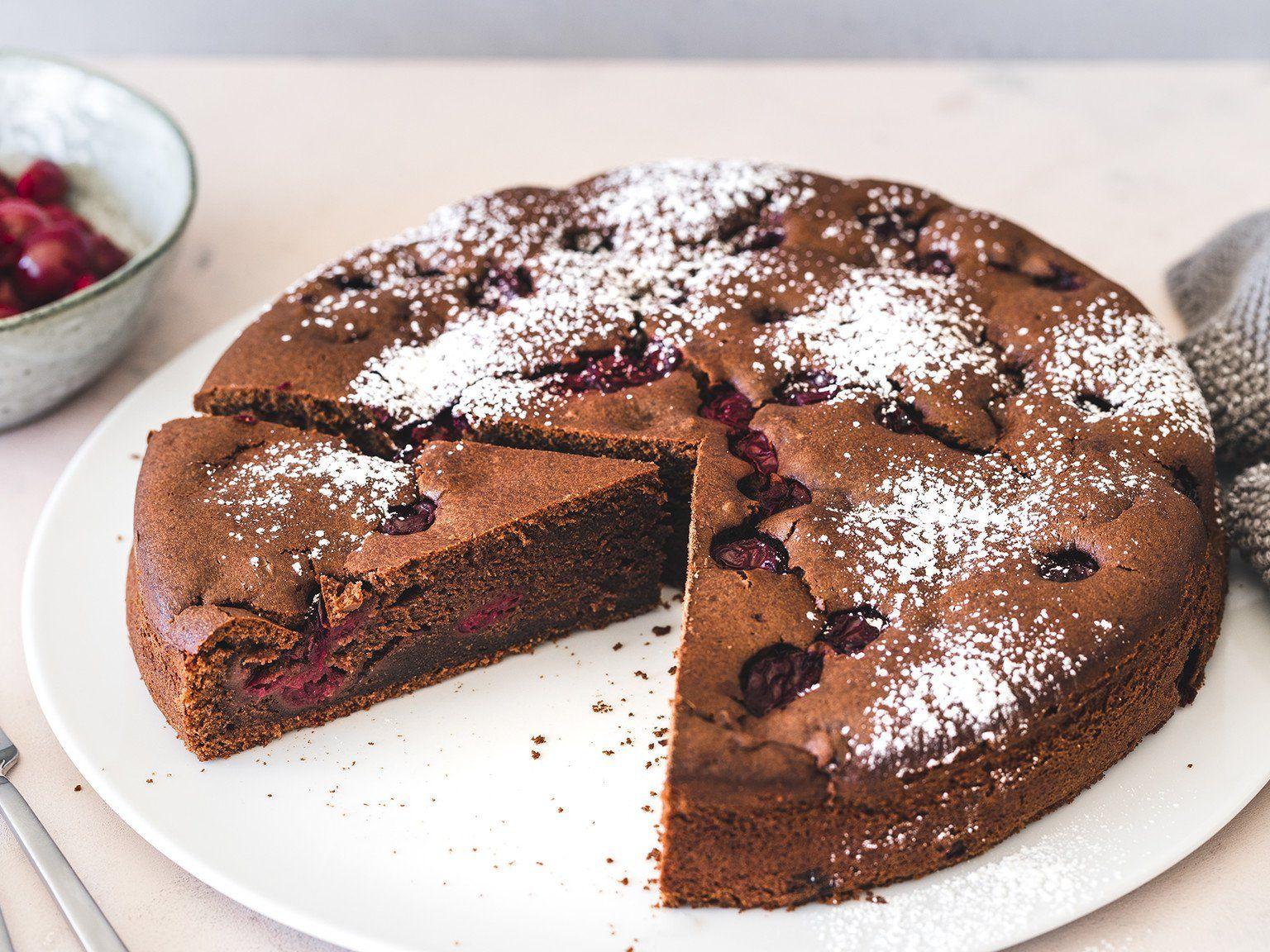 Schoko Kirsch Kuchen Rezept Schoko Kirsch Kuchen Kuchen Und Torten Rezepte Backrezepte