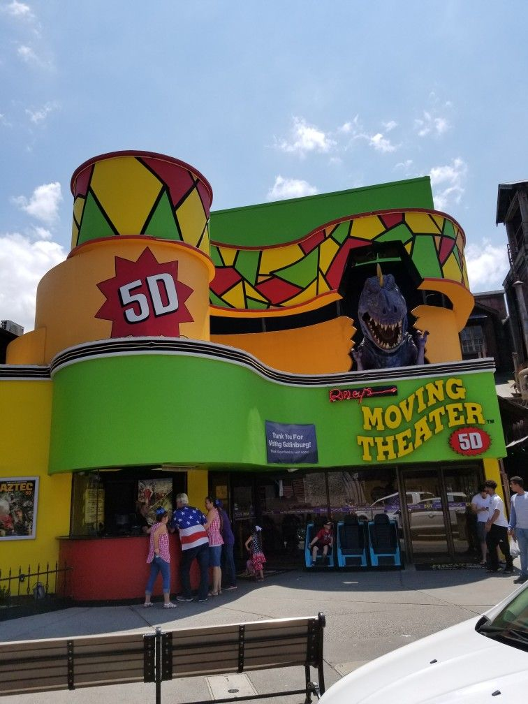5d moving theater in gatlinburg tennessee to see more