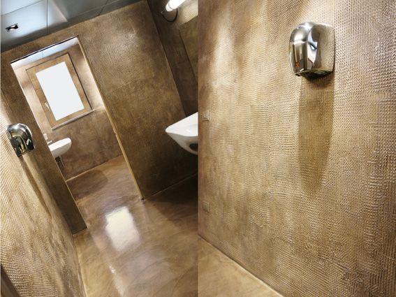 Tinte speciali pareti bagno resina juta bathroom pinterest bagno pavimenti e bagni - Pareti doccia in resina ...